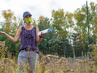 Elizabeth Borer, PhD, professor in the Department of Ecology, Evolution, and Behavior, discusses the Nutrient Network project at Cedar Creek Ecosystem Science Reserve.
